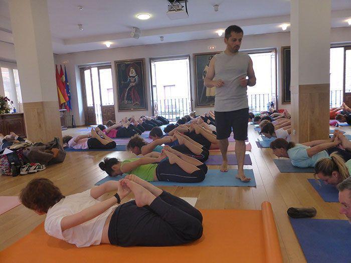 presentación del Manual práctico de yoga vinyasa krama 8