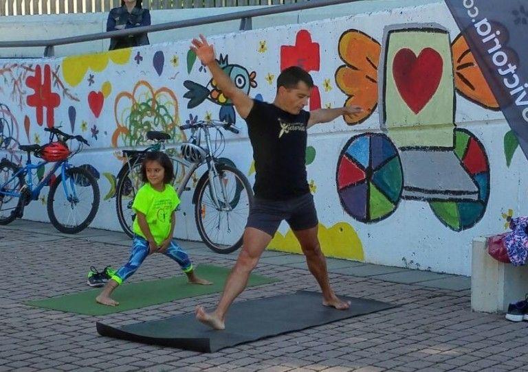 Yoga en el parque en León