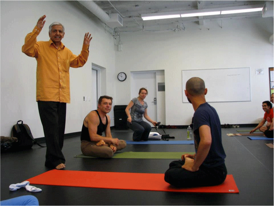 Ramaswami-enseñando